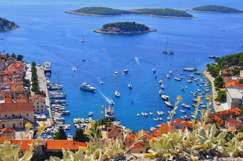 Grad Hvar je 2. najbolja europska destinacija za bračno putovanje!