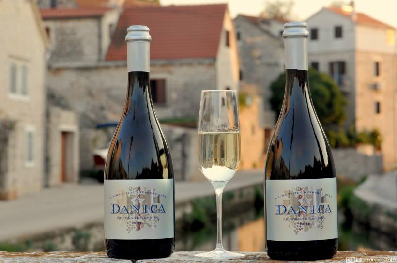 Premijerno kušanje Danice, pjenušavog vina od autohtone hvarske sorte bogdanuše